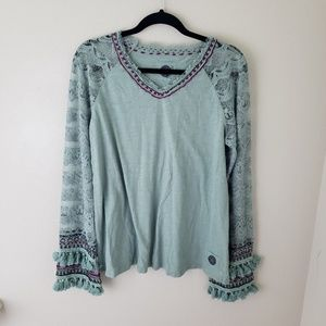 DOUBLE D RANCH Swift Water Lace Sleeve Top